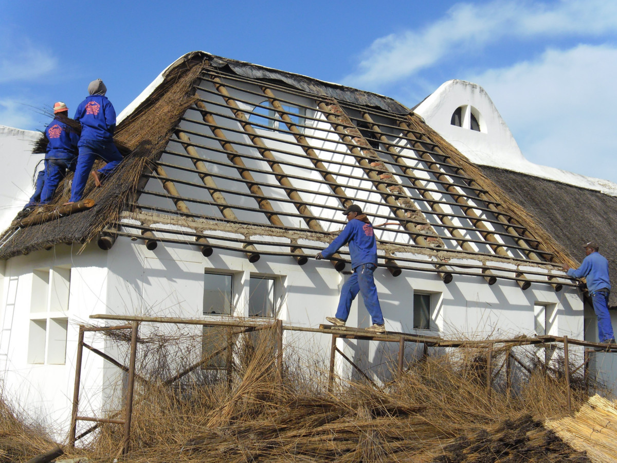 Thatch Roof Maintenance, Eastern Cape