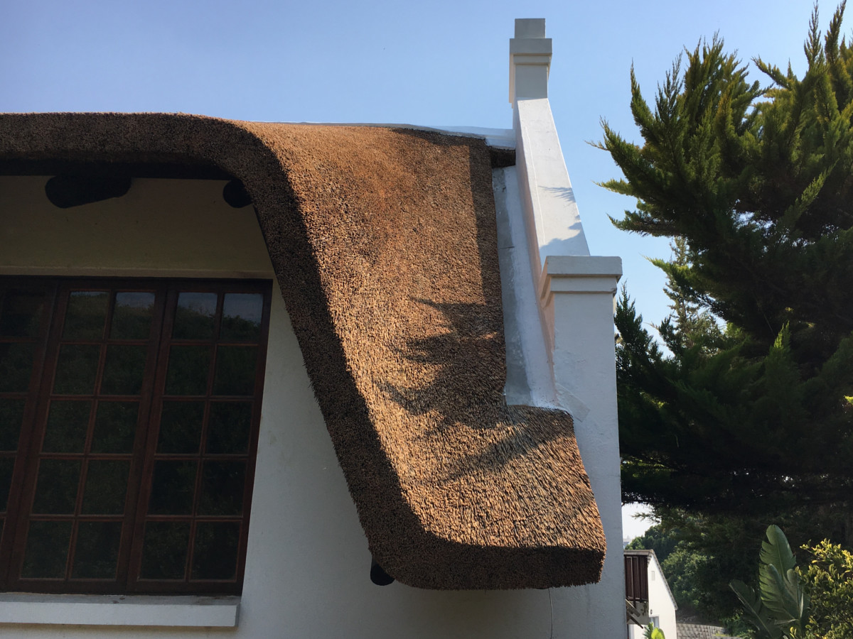 Properly Finished Valley at Gable End of Thatched Roof