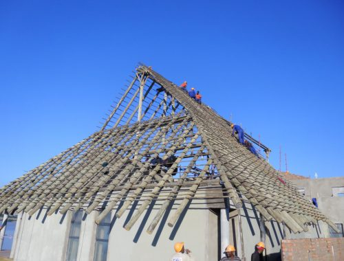 Constructing Pole Structure of Large Roof, Eastern Cape